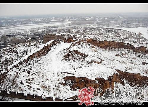 白雪盖长城